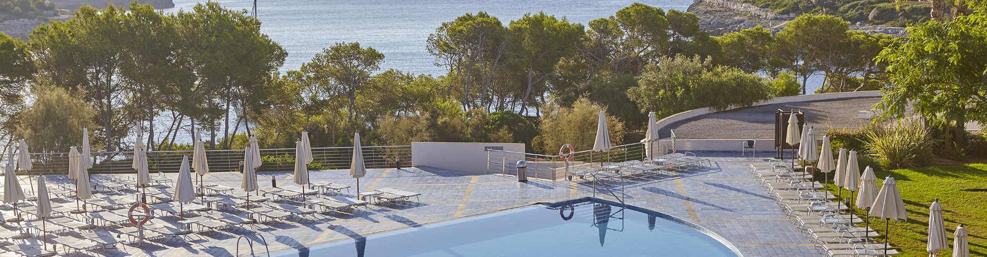 Blau Privilege Porto Petro Beach Resort - Majorca -