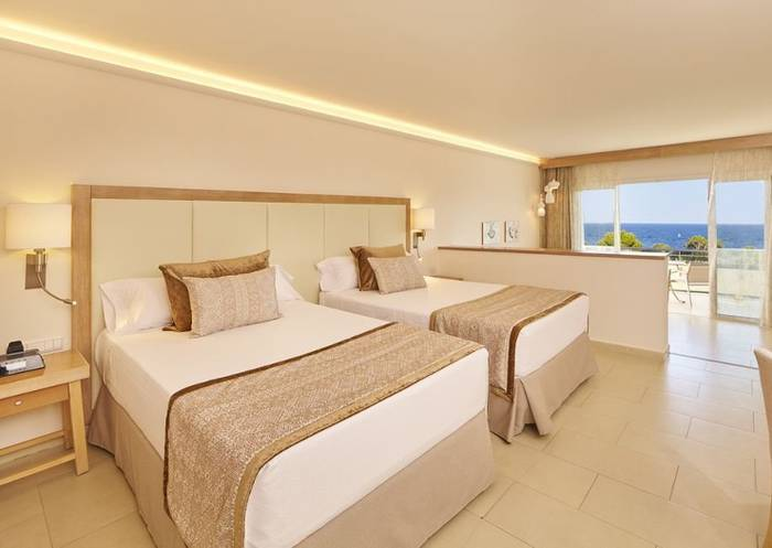 Junior Suite Blau Privilege PortoPetro Beach Resort & Spa Mallorca