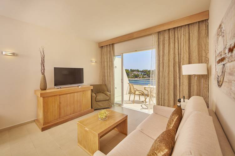 Sea View Suite Blau PortoPetro Beach Resort & Spa Majorca