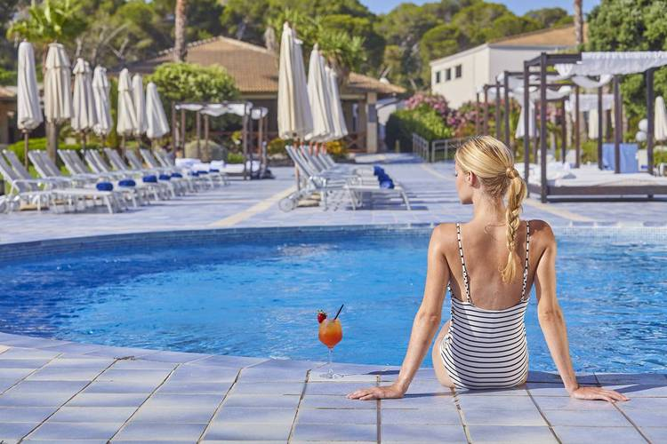Outdoor swimming pool blau portopetro beach resort & spa majorca